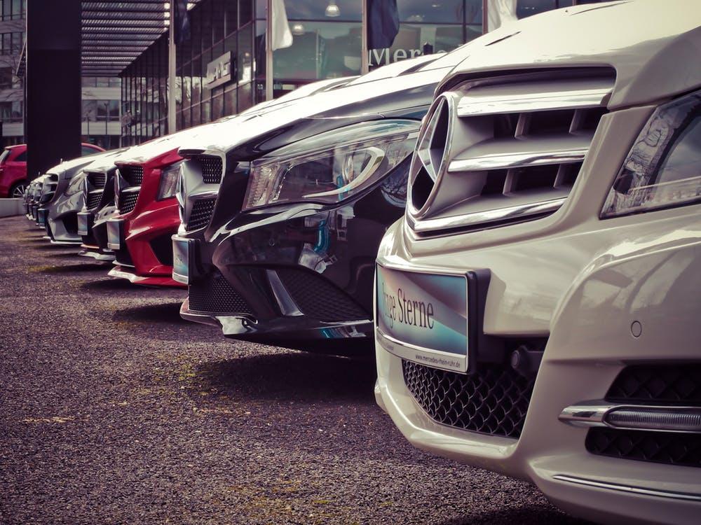 Какие марки автомобилей выгодно покупать вдекабре?