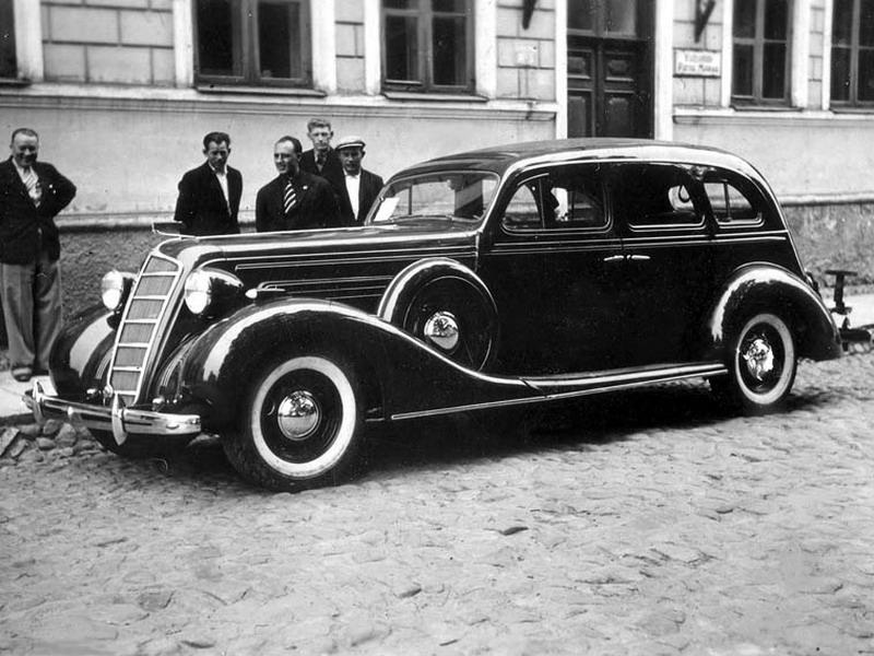 5 самых дорогий российских автомобилей