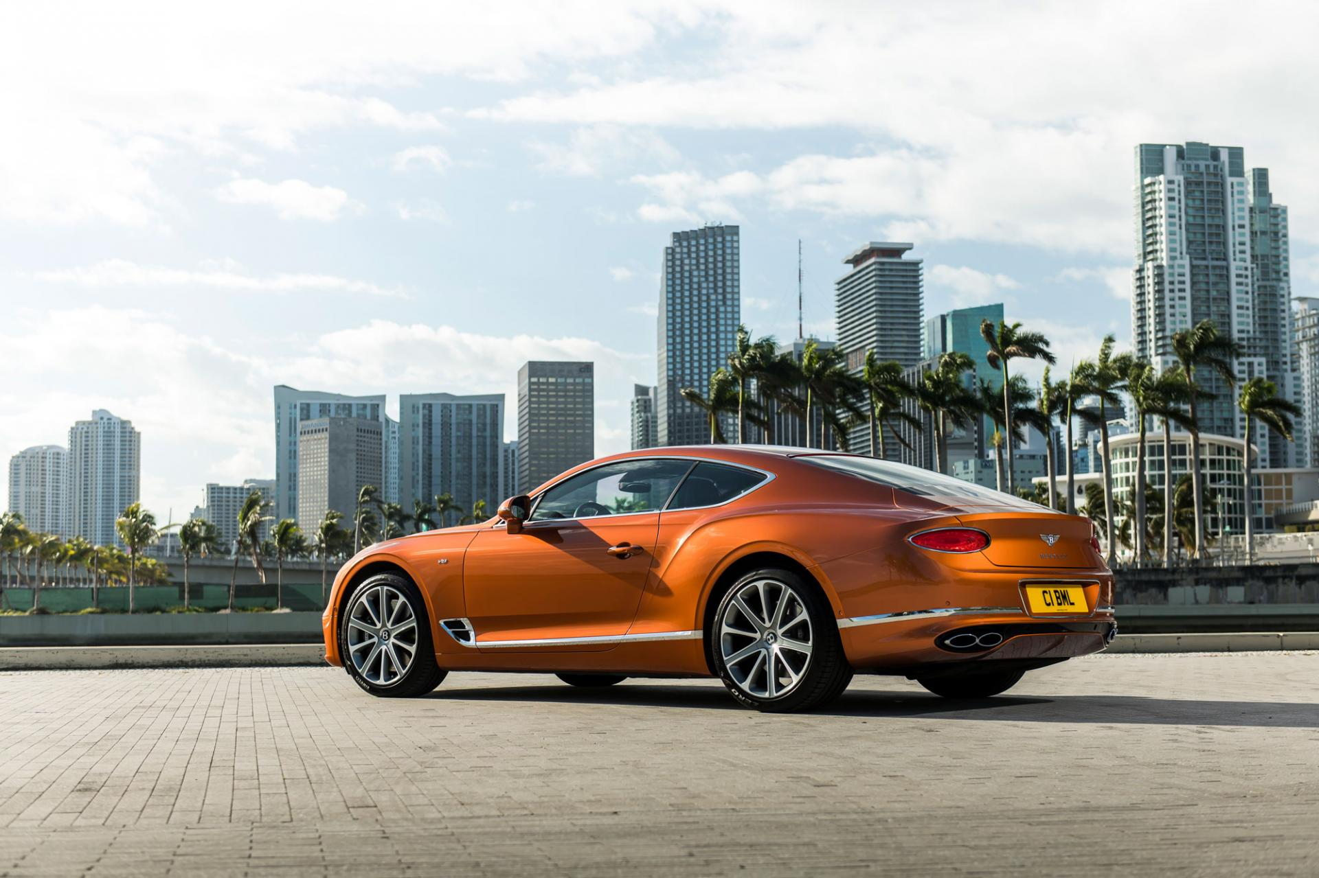 Bentley представляет GTV8 Convertible иContinental GTV8