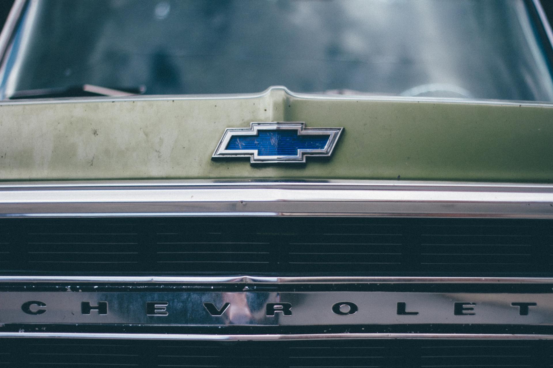 Рейтинг дешевых авто для суровой эксплуатации