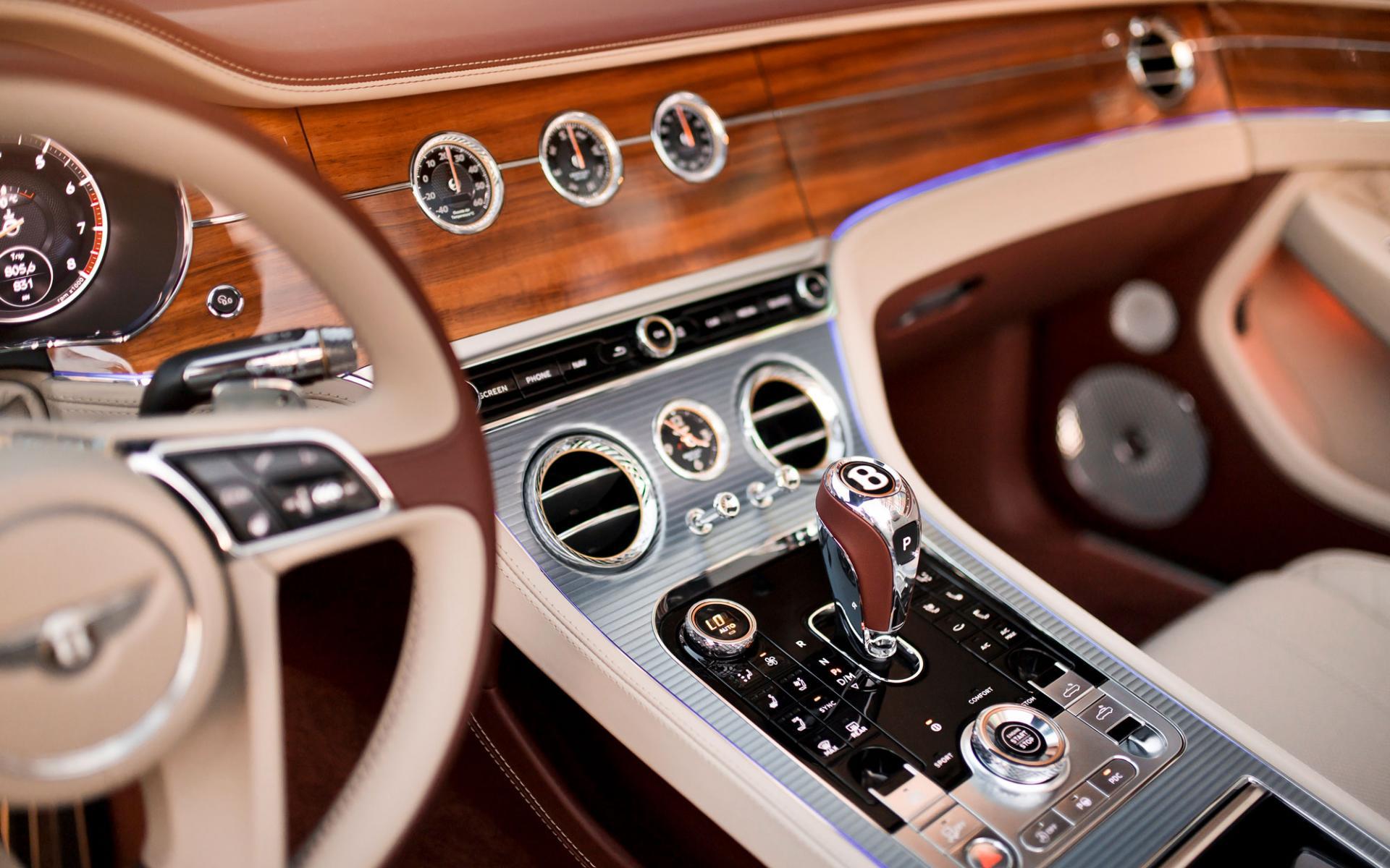 Continental GTConvertible отBentley: утонченность иизысканность кстолетнему юбилею компании